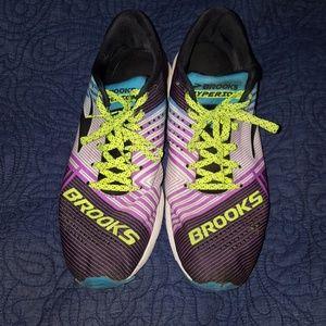 Brooks Tennis Shoes, 9